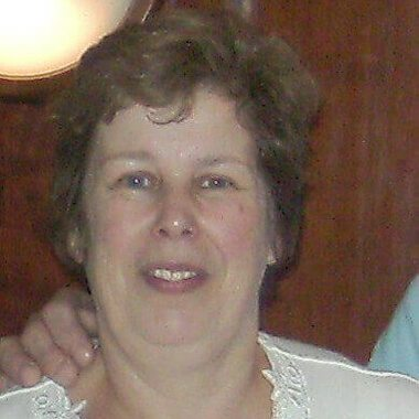 Lynne Earland